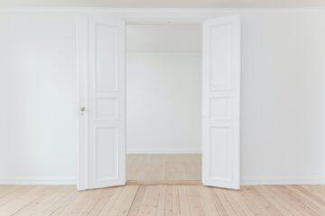 Hoe herken je de verschillende stijlen binnendeuren?